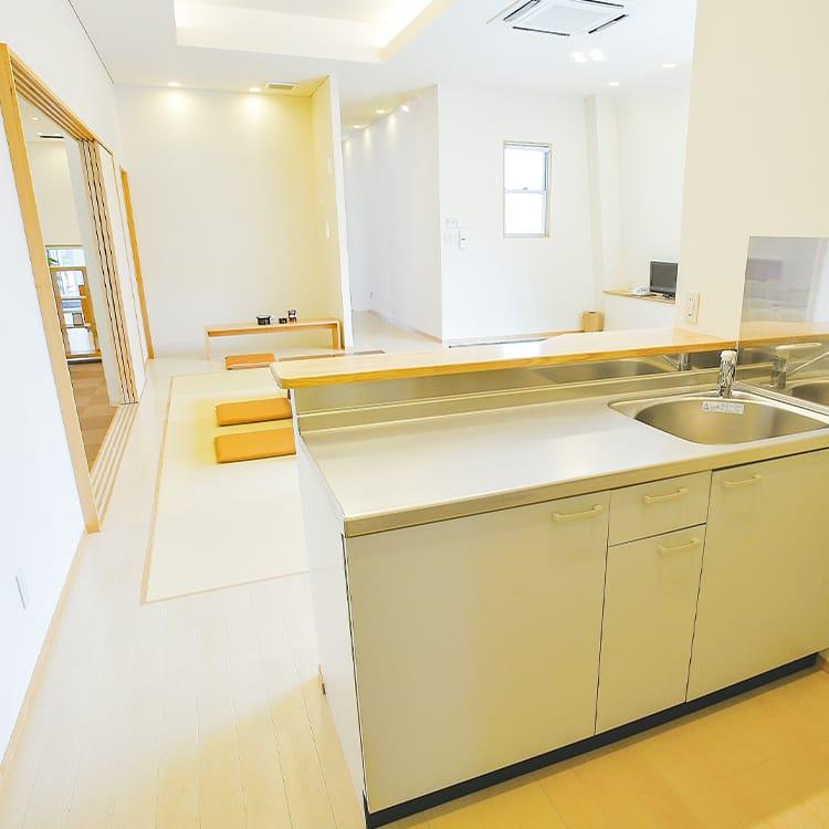 西ホール・親族控室・専用キッチン