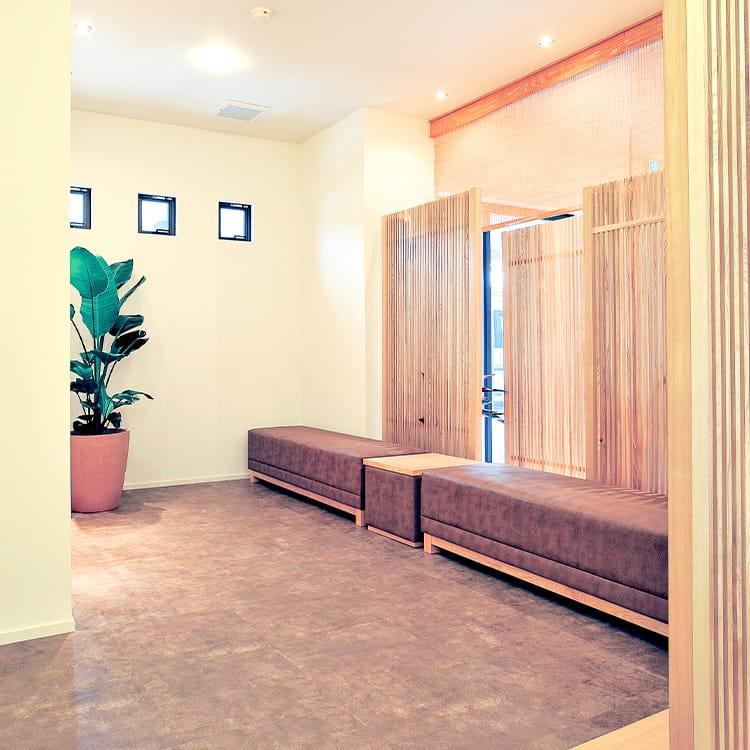 1Fホール・待合室